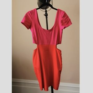 UO Color Block Mini Dress w/ Side Cut Outs (S)